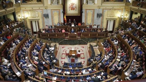 La división en el PSOE alcanza también al grupo parlamentario en el Congreso