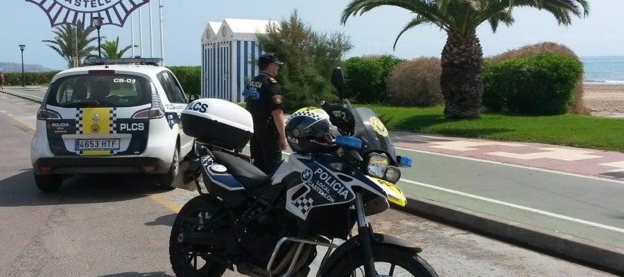 Patrulla de la Policía Local que acudió al rescate del hombre