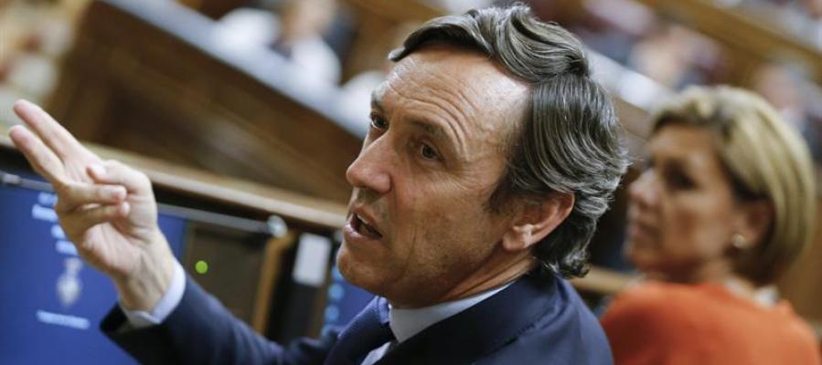 El portavoz del PP, Rafael Hernando, durante la votación de investidura del candidato a la presidencia del Gobierno