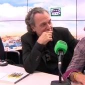 José Coronado y Juan Ramón Lucas durante la última pregunta en Más de uno