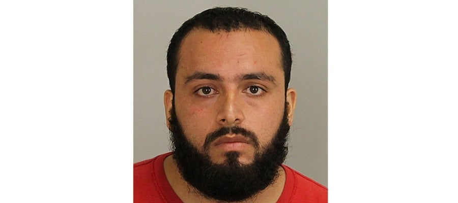 Ahmad Khan Rahami, de 28 años, tras su detención sospechoso de colocar varios artefactos en Nueva York y Nueva Jersey