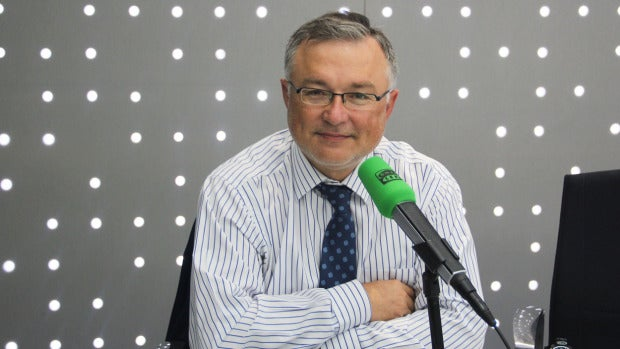 """Rubén Amón indulta a John Müller: """"Es un periodista íntegro y no alineado"""""""