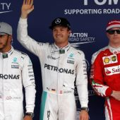 Hamilton, Rosberg y Raikkonen, tras la clasificación del GP de Japón