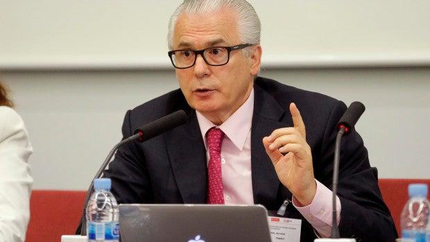 La Audiencia Nacional detecta pagos al exjuez Garzón en la pieza que afecta a la ministra Delgado