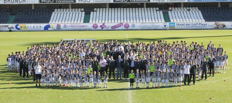 Acto de presentación de los equipos de fútbol base del CD Castellón