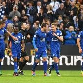 Los jugadores del Leicester celebran el 3-1 ante el Crystal Palace