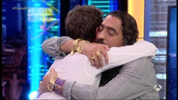 """La tele con Monegal: """"El Cigala abrazó a Pablo Motos en 'El Hormiguero' entre 60 y 80 veces"""""""