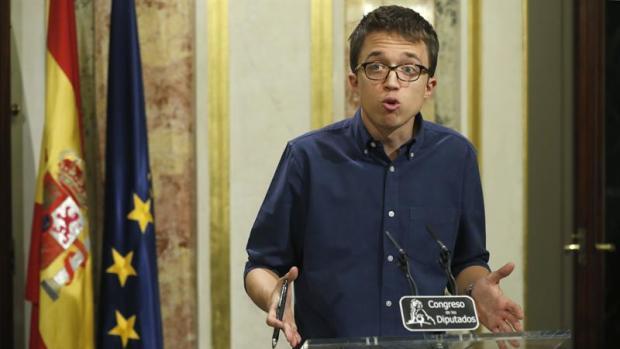 Podemos ve difícil que el PSOE lidere la oposición tras volver a poner a Rajoy en Moncloa