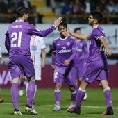 Los jugadores del Real Madrid celebran un gol ante la Cultural Leonesa