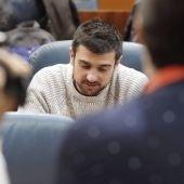Ramón Espinar ante los medios