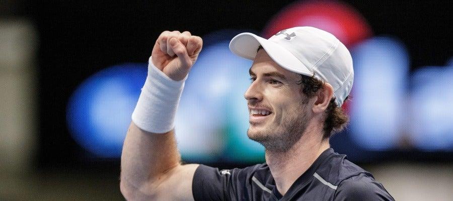 Andy Murray alcanza el número 1 por la retirada de Raonic en París-Bercy