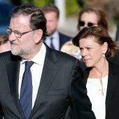 Mariano Rajoy y María Dolores de Cospedal a su llegada al tanatorio donde reposan los restos mortales de Rita Barberá