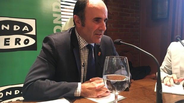 """Manu Ayerdi: """"El corredor cantábrico mediterráneo tiene que pasar por Navarra"""""""