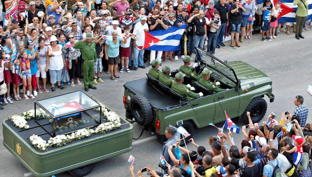 Los restos de Fidel Castro a su paso por Holguín