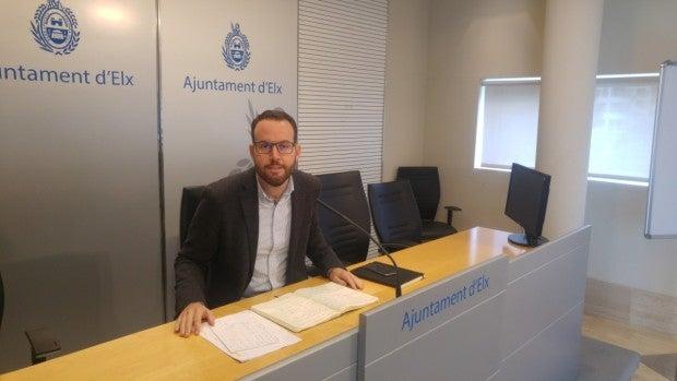 Héctor Díez en la Sala de Prensa del Ayuntamiento de Elche.