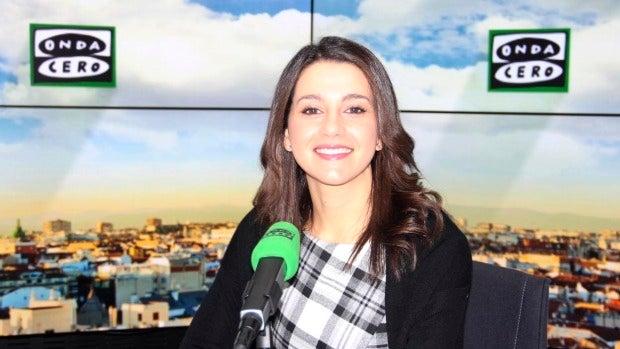 """Inés Arrimadas: """"En Junts pel Sí son muy valientes, pero delante del Constitucional se vienen abajo"""""""