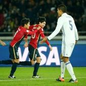 Shibasaki celebra su segundo gol