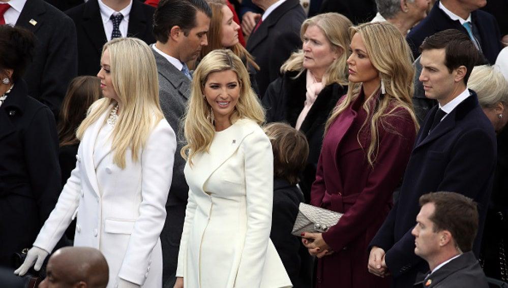 Tiffany Trump, Donald Trump, Jr., Ivanka Trump, Vanessa Trump Y Jared Kushner