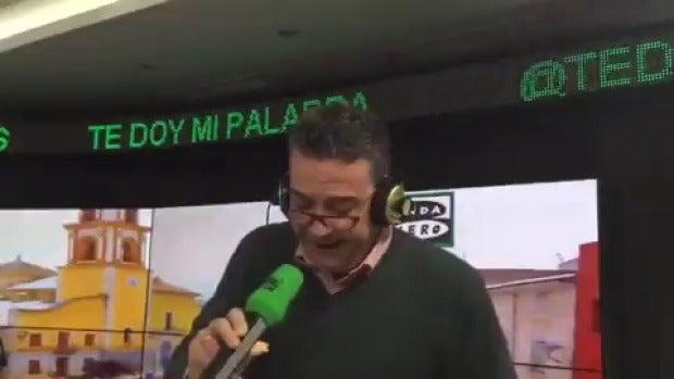 Javier Quero versiona la canción 'Mediterráneo' para hablar de las primarias del PSOE