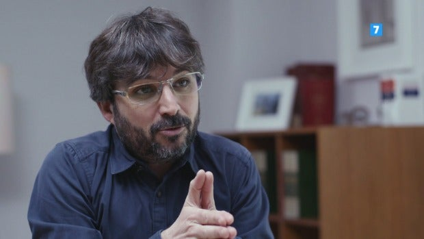 """Jordi Évole: """"Estamos permanentemente conectados para permanecer el soledad"""""""