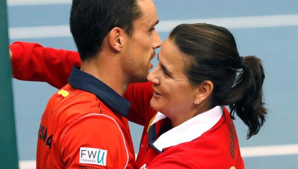 Roberto Bautista con Conchita Martínez.