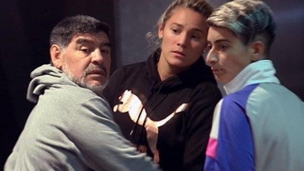 El blog de Poncho: ¿Gritan Maradona y su novia?
