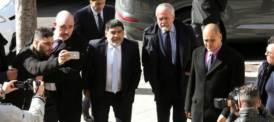Maradona, a su llegada al Santiago Bernabéu