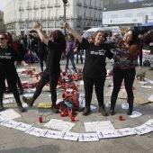Manifestación en Sol en apoyo a las mujeres en huelga de hambre