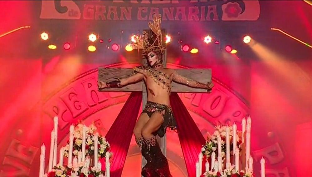 Frame 4.65116 de: Se extiende la polémica por la Gala Drag Queen