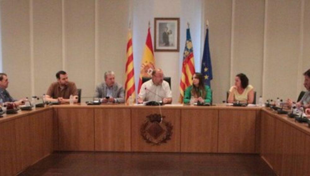 Imatge d'unes de les trobades de la taula de turisme amb els representants del sector del turisme i l'oci, presidida pel regidor de Turisme Emilio Obiol.