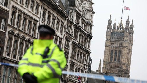 La tertulia: ¿Cómo es posible que un hombre fichado provoque los atentados?
