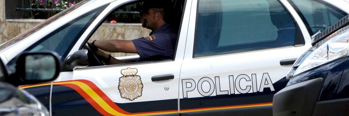 La policía busca al individuo que propinó un puñetazo a una monja