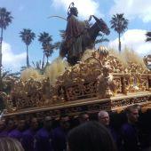 Procesión de Jesús Triunfante, conocida como el 'Pas de la Burreta', con la que se abre la Semana Santa de Elche.