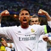 Sergio Ramos saca múscula tras marcar un gol con el Madrid