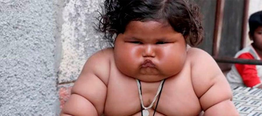 La pequeña de ocho meses Chahat Kumar