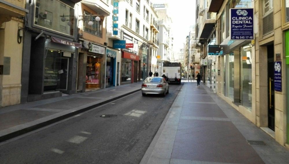 Comercios en la calle Corredora de Elche.