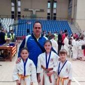 El Club Karate do Shotokan Chazarra tuvo una destacada actuación en el Torneo Primavera de Alicante.