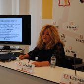 La regidora d'Educació, Mónica Mañas ha presentat el calendari del procés d'escolarització.