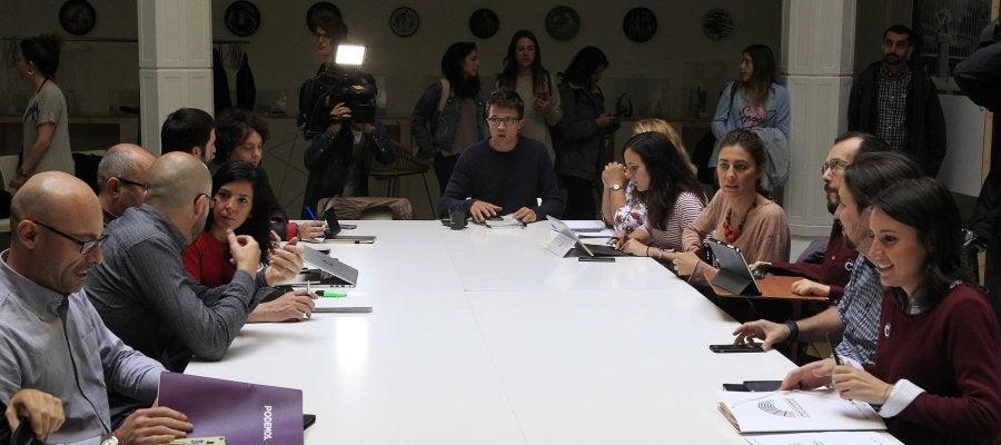 Un 97% de los participantes en la consulta de Podemos apoya la moción contra Rajoy.