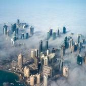 Un manto de niebla cubre Bahréin (05-06-2017)