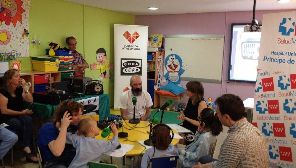 Onda Cero Alcalá y la Fundación Atresmedia en el HUPA