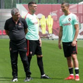 Cristiano, con Pepe y Fernando Santos