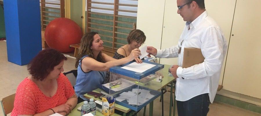 El Colegio Público El Toscar tuvo que pasar tres veces por las urnas para elegir el horario de su jornada.