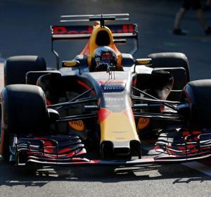 El piloto Daniel Ricciardo en el GP de Baku