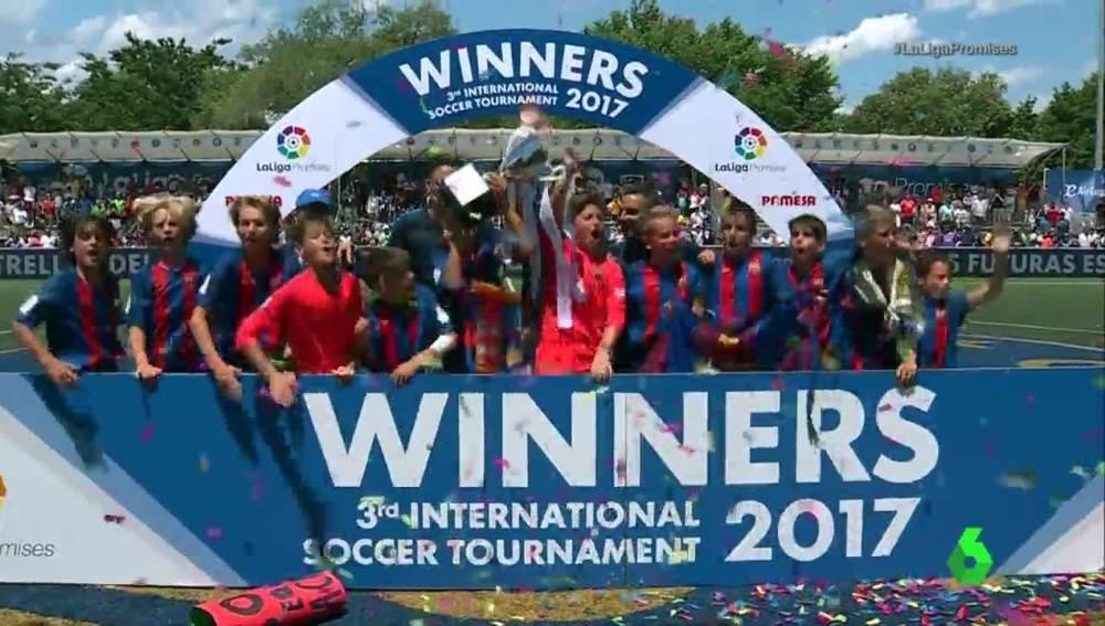 El Barcelona, campeón de LaLiga Promises