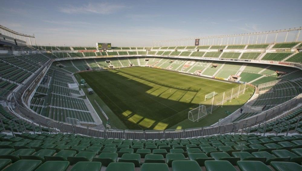 Imagen panorámica del estadio Martínez Valero.
