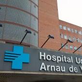 Fachada del Hospital Universitario Arnau de Vilanova