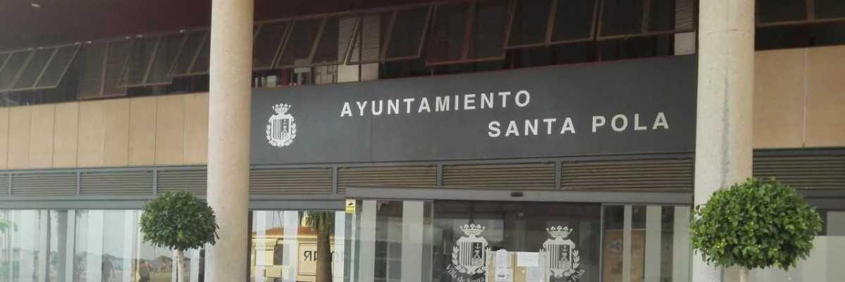 La Policía Nacional detiene al jefe de la Policía Local de Santa Pola por presuntas irregularidades en la compra de uniformes