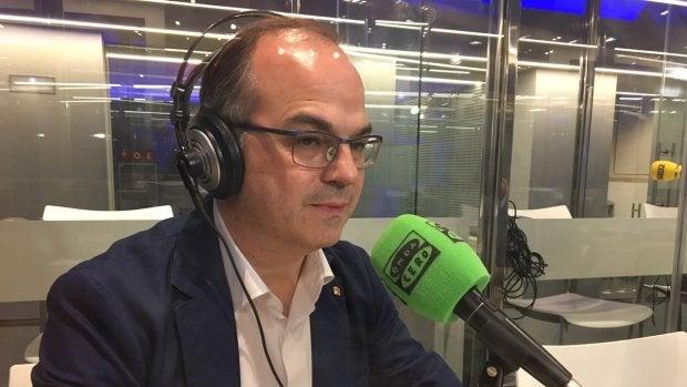 """Jordi Turull: """"Para venir y coger dos folios no hacen falta seis guardias civiles, es desproporcionado"""""""
