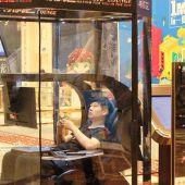 Una cápsula de almacenamiento para maridos en un centro comercial chino.